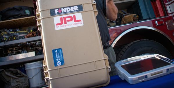 Radarul portabil FINDER de la NASA salveaza vieti