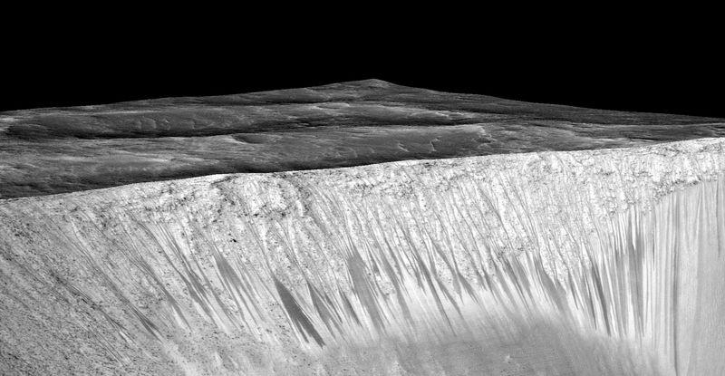 NASA confirma prezenta apei lichide pe Marte