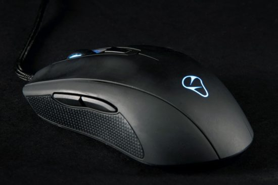 mionix-castor-side-full-1500x1000