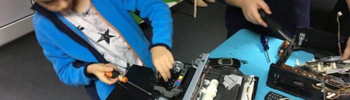 Am fost la Atelierul HUB's, un proiect educational dedicat copiilor