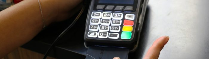MasterCard lanseaza cardul cu senzor de amprenta