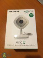 Netgear Arlo Q – camera de supraveghere pentru interior cu acces de pe telefon