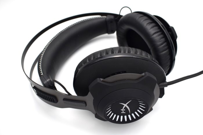 Review căști gaming HyperX Cloud Revolver S