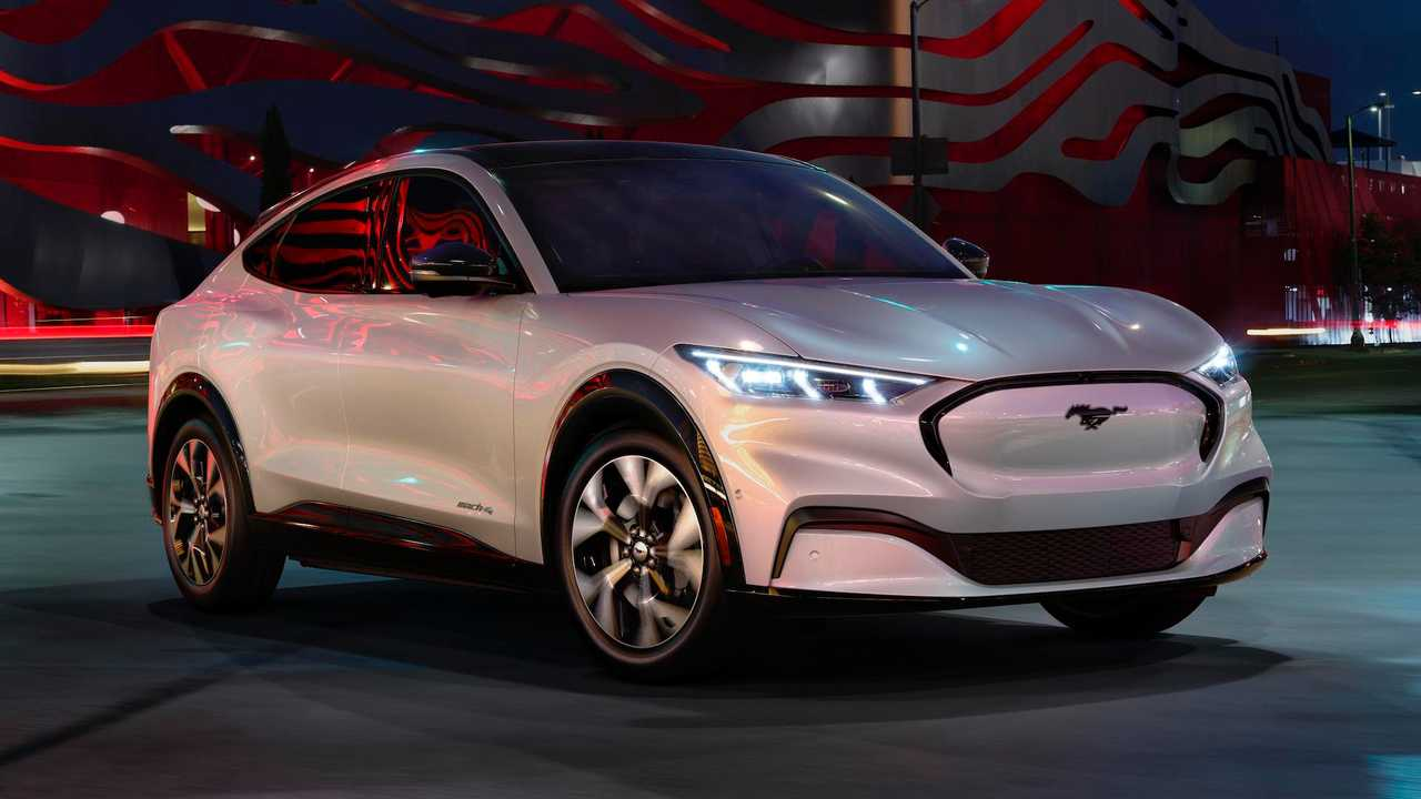 Ford a lansat Mustang Mach-E electric - Arena IT